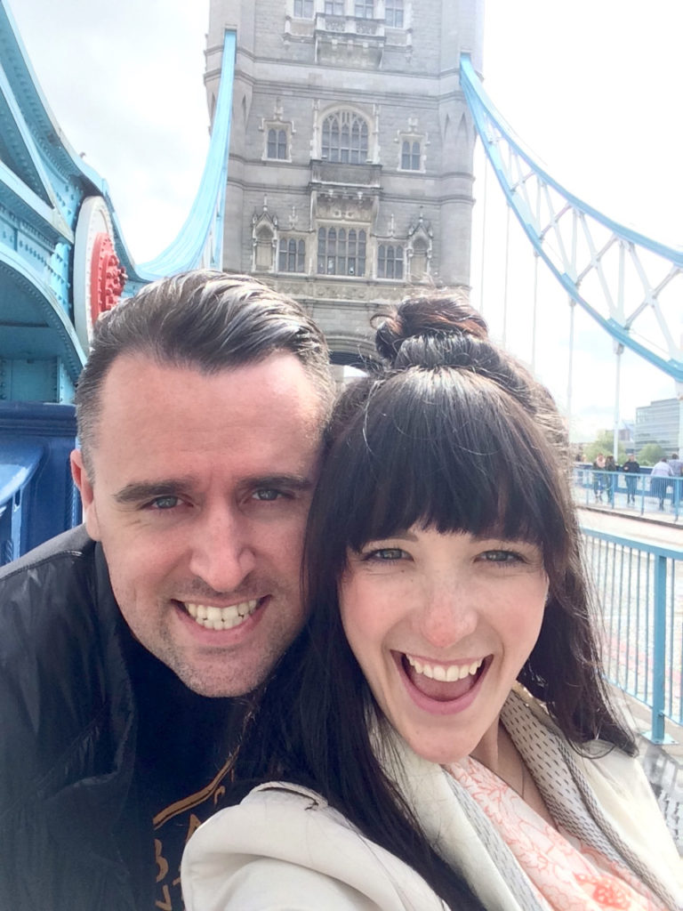 England Travel Diaries - Selfie Style - www.femmesociety.ca