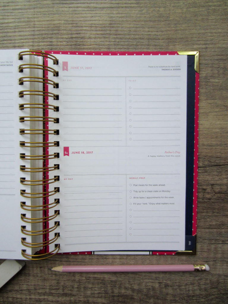 Simplified Planner Review | www.femmesociety.ca